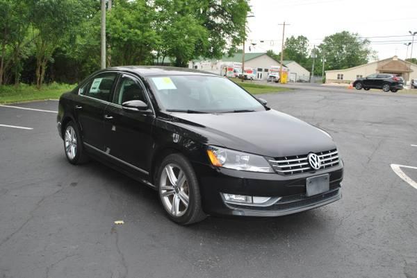 Photo 2012 Volkswagen VW Passat TDI SEL low miles  - $8,995 (Columbus)