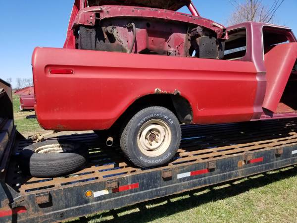 Photo 73-79 ford truck bed - $500 (Mansfield)
