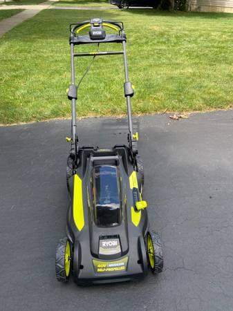 Photo Brand New Ryobi 20 40v self propelled lawn mower - $180 (Dublin)