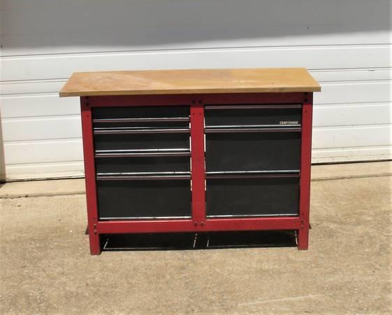 Photo Craftsman 8 drawer work bench - $135 (Newark Heath)