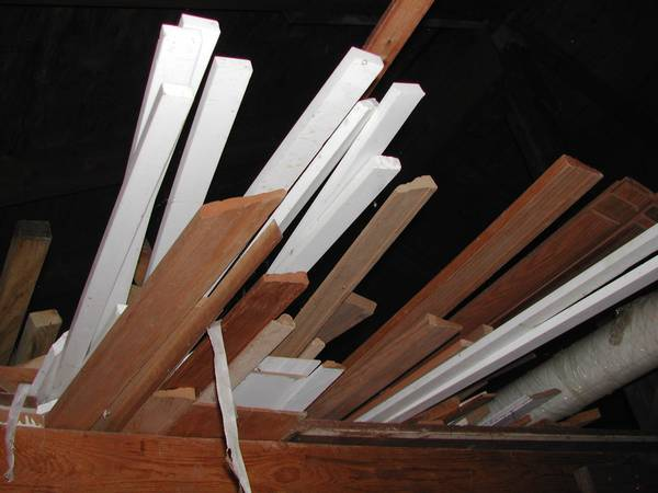 Photo D66 - 1quot White Corian Strips 739 to 1039 long - $60 (Westerville)