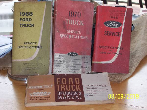 Photo Ford 1965-68-70 Service specification f500-1000 operators manuals - $10 (LANCASTER OHIO)