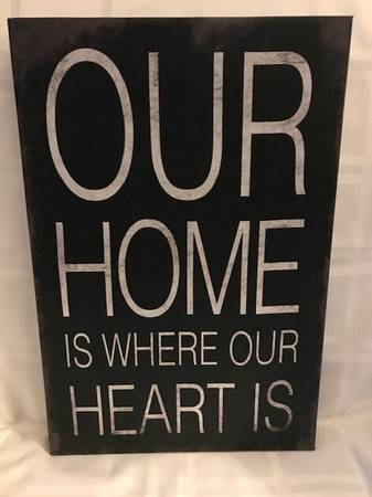 Photo Home is where our heart is - $10 (Columbus)