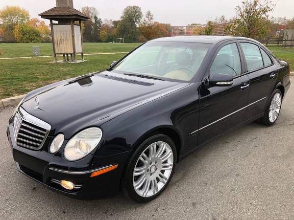 Photo Very Clean 2008 Mercedes-Benz E350 4MATIC Well MAINTAINED - $7300 (Columbus)