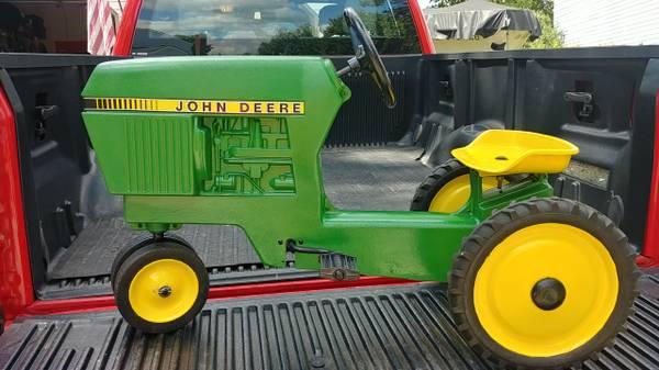 Photo Vintage John Deere Pedal Tractor - $385 (NE Columbus)