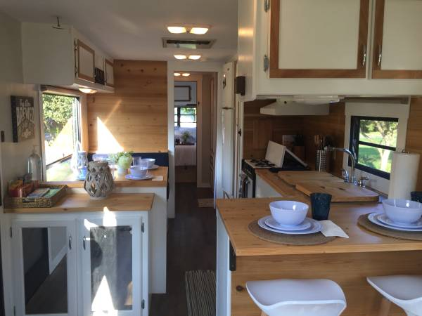 Photo Vintage remodeled RV SOLDtiny house - $7,250 (15 min from Zoo)