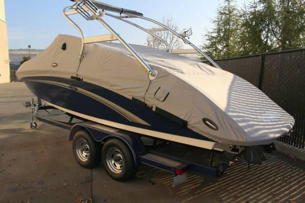 Photo immaculate Yamaha Jet Boat ..   2011 Yamaha 242 Limited S - $22,000