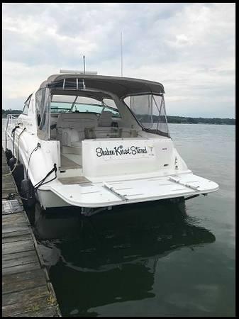 Photo professionally maintained 1997 Sea Ray 450 Sundancer fresh water custo - $65000 (Furuno Radar)