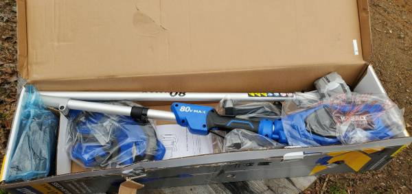 Photo 16quot 80v Kobalt Weed Eater Battery  Charger - $215 (Cataula)