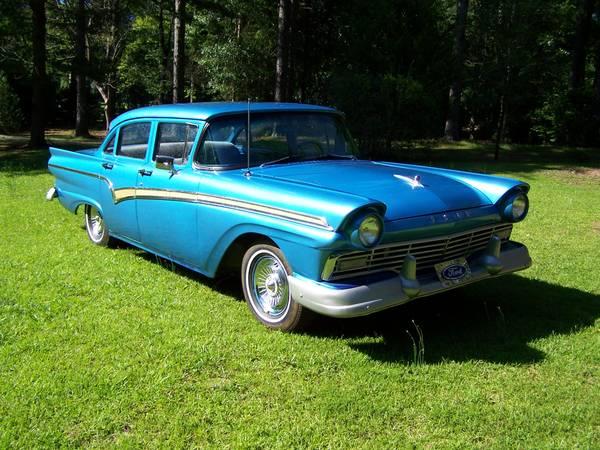 Photo 1957 Ford Custom 300 - $5000 (Pine Mountain Valley)