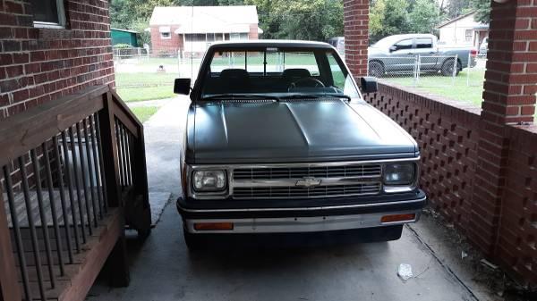Photo 1992 Chevrolet S10 truck - $3,500 (COLUMBUS)