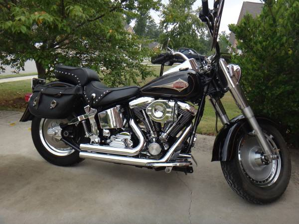 Photo 1998 Harley Davidson Softail Classic for Sale 6000.00 OBO - $6,000 (Close to the Mall of GA)