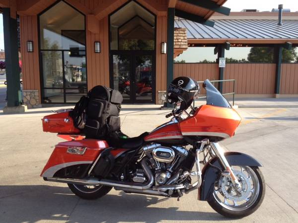 Photo 2009 Harley Davidson Screaming Eagle Road Glide - $14,800 (Flowery Branch, GA)