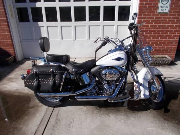 Photo 2013 Harley Heritage Softail Deluxe - $9,500 (Blairsville, GA)
