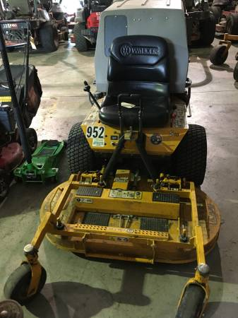 Photo 2018 42quot Walker Zero-turn Mower - $5250