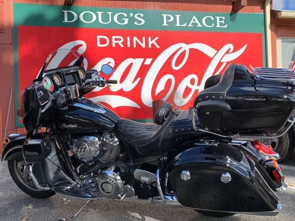Photo 2018 Indian Roadmaster motorcycle - $20,900 (Woodstock)