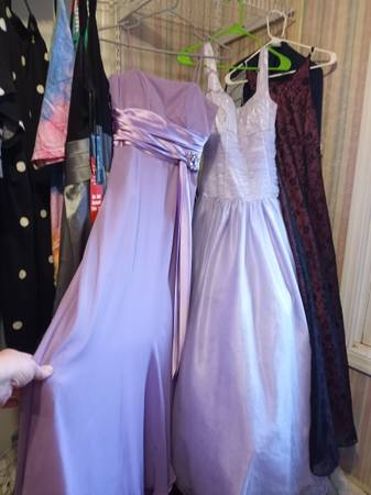 Photo 4 formal gowns-varied in size 3 used1 NWTO - $110 (Columbus)