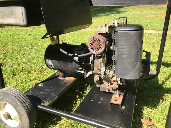 8 HP Briggs Electric Generator 5000W Chicago Electric Power Tools Gas - $150 (Phenix City)