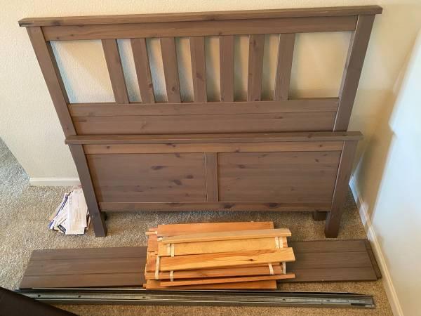 Photo Ikea Hemnes Full Bed Frame - $50 (Columbus)