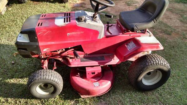 Photo Murray Riding Mower - $200 (Ft Mitchell, AL)