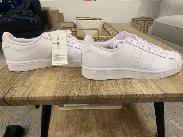 Photo New Adidas Superstars (W) - $85 (grant park)