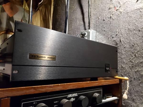 Photo PS Audio 200 cx - $900 (Phenix CityTara Subdivision)