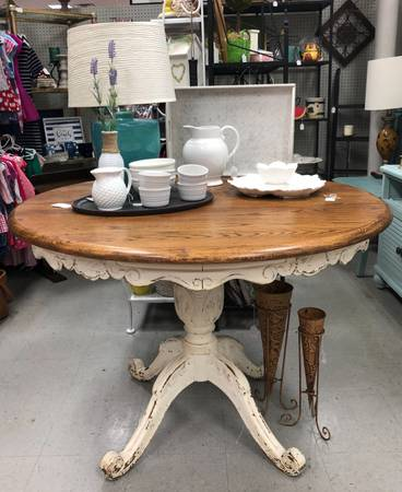Photo Round Oak Farmhouse Dining Table with White Distressed Skirt and Legs - $295 (Columbus)