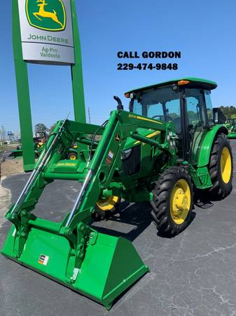 Photo USED 2019 JOHN DEERE 5055E TRACTOR WITH 520M LOADER (CALL GORDON) - $44,900 (Valdosta)