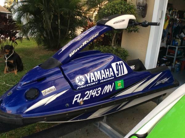Photo Yamaha Superjet Stand Up Jet Ski - Sxr - Like New - $5599 (Orlando)