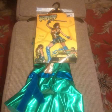 Photo new Size S Adult Female Costume Teenage Mutant Ninja Turtle Leonard - $15 (marietta)