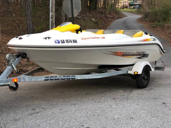 Photo seadoo sportster LE boat and trailer in great shape NEEDS MOTOR REBUILT - $2,999 (Tyrone)