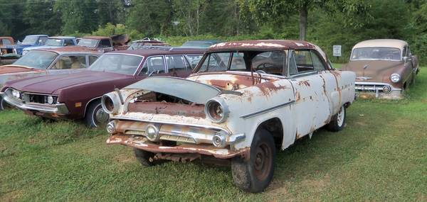 Photo 1954 FORD VICTORIA PARTS FOR SALE