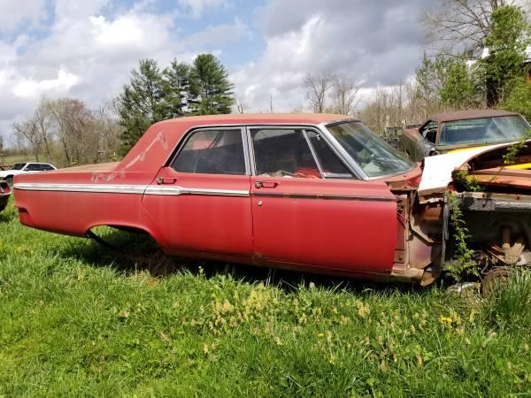 Photo 1965 Dodge Coronet 318 Poly, Semi Hemi Parts (Crossville, TN)