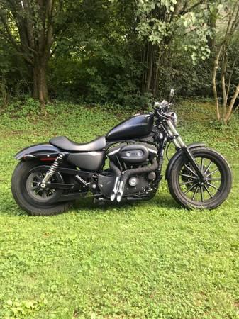 Photo 2009 Harley-Davidson 883 Sportster - $4,500 (Farragut TN)