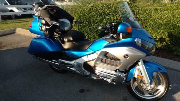 Photo 2012 Honda Goldwing - $14,000 (Soddy DaisyLakesite)