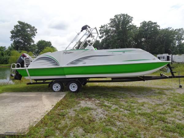 Photo 2022 Razor 251XL UR Deck Boat - $77,990 (Rockwood)