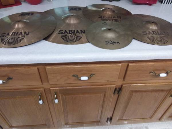 Photo Cymbals, Sabian Full Drum Set, 20, 16, 2- 1439s, 10 Inch - $95 (Crossville, TN.)