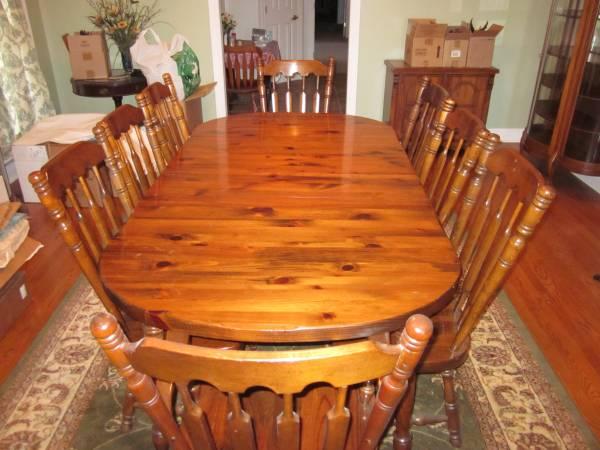 Photo Dinning room set - $1,100 (Sevierville ,Tn.)