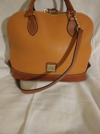 Photo Dooney and Bourke-Zip Zip Handbag - $80 (Knoxville)