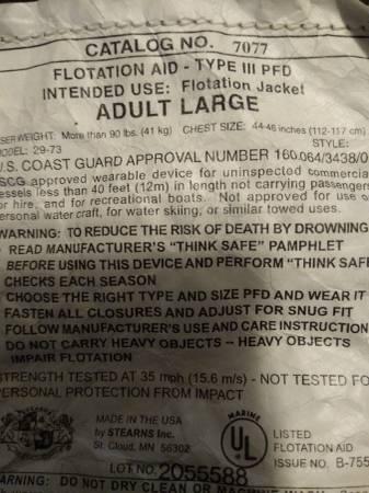 Photo Ducks Unlimited Floatation Jacket - $75 (Pikeville)