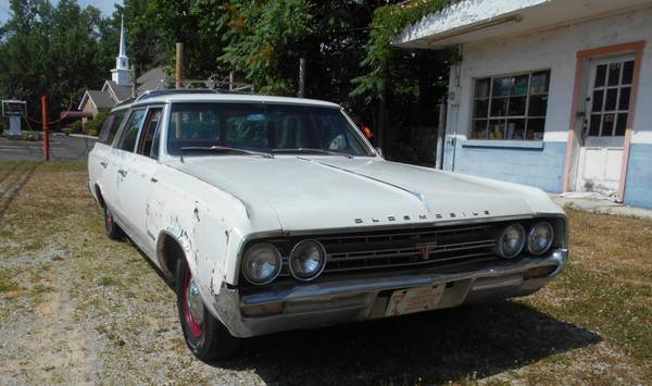 Photo Good 1964 Olds 2 speed powerglide trans Oldsmobile transmission - $550 (Jamestown)