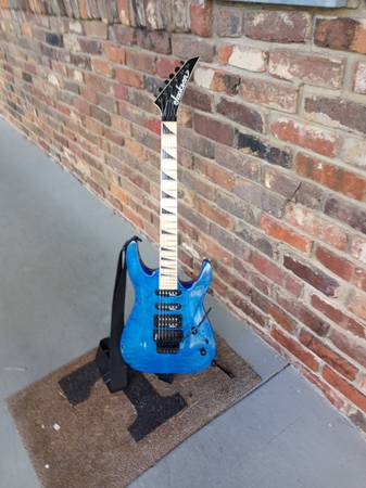 Photo Jackson guitar - $250 (Knoxville)