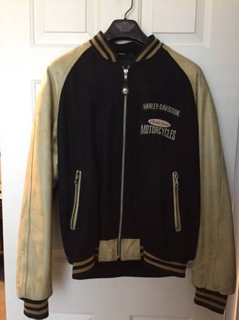Photo Vintage Harley Davidson Leather Jacket - $200 (Brentwood)