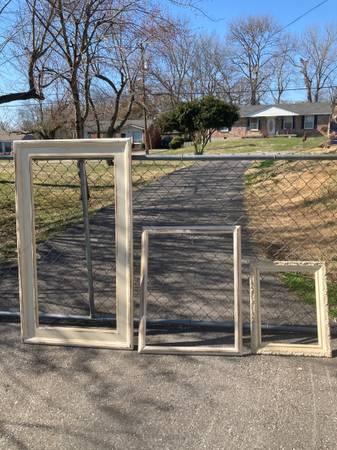Photo Wooden Frames - Shabby Chic - $45 (Goodlettsville)