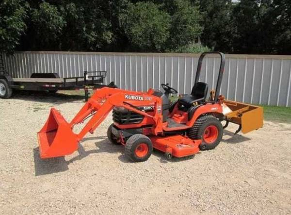 Photo for sale reduced tractor Belly Mower - $1,040 (Cookeville)