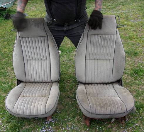 Photo unknown 1970 198039s bucket seats chevy ford dodge pontiac olds  - $100 (grimsley)