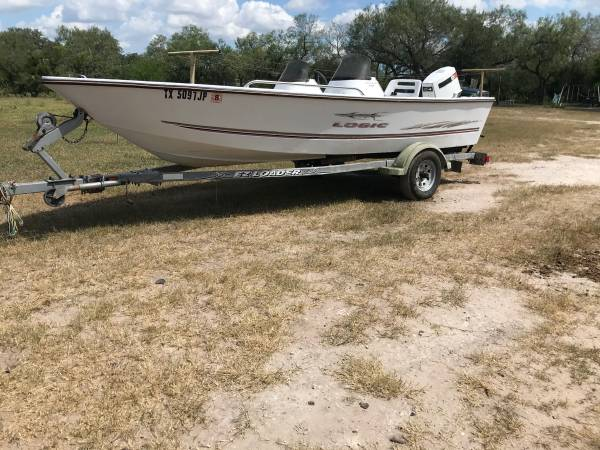 Photo 18 foot logic saltwater boat - $4,000 (Beeville)