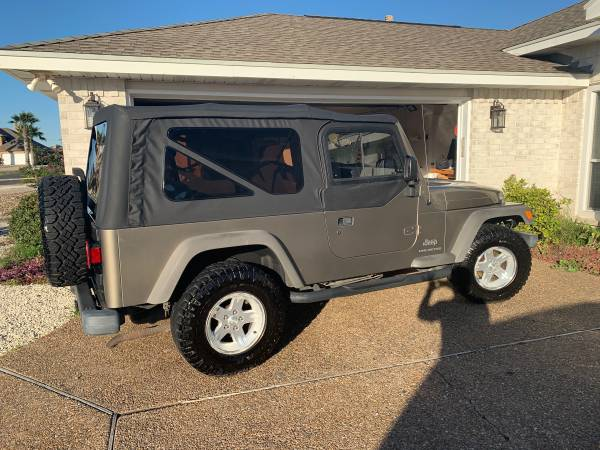 Photo 2006 Jeep Wrangler Unlimited LJ - $14000 (North Padre Island)