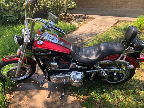 Photo 2012 Harley Davidson Dyna FXDC - $7,300 (Alice)