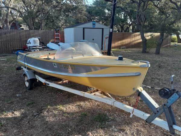 Photo 57 evenrude crestliner vintage boat - $2,500 (Rockport)
